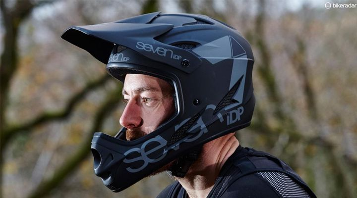 шлем фулфэйс